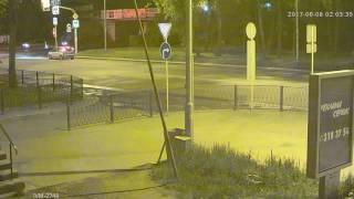 Видеокамера IP IVM-2748. 2MP(1080P), SONY IMX323, HI3516Cv200, 2.8-12мм. Улиц, ночь.