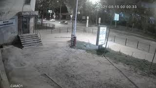 Видеокамера IP IVM-8326-POE. Освещенная улица, ночь